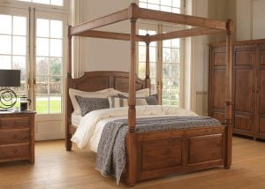 Four Poster Bed with Wardrobe and Bedside Cabinet