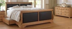 Solid Oak Sleigh Bed with Black Scottish Leather