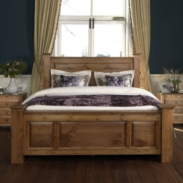 Traditional Solid Wood Bed Frame with Bedside Cabinets