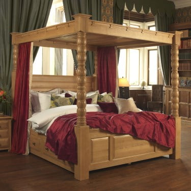 Super Kingsize Solid Oak Four Poster Bed