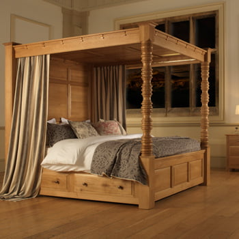 Handcrafted Solid Oak Four Poster Bed