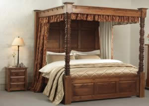 4 Poster Bed with Drapes and Gold Bedspread