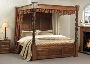 Natural Solid Wood Four Poster Bed with 3 Door Bedside Cabinet