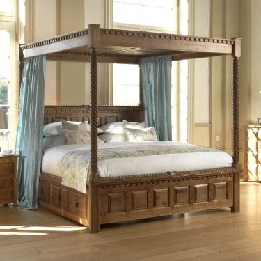 Traditional Solid Wood Four Poster Bed with Canopy