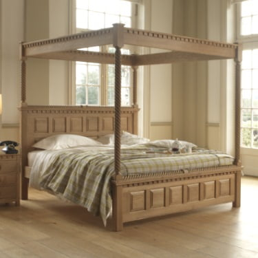 Traditional Solid Oak Four Poster Bed with Open Canopy