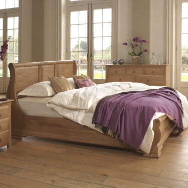 Handmade Solid Oak Sleigh Bed with Bedroom Furniture