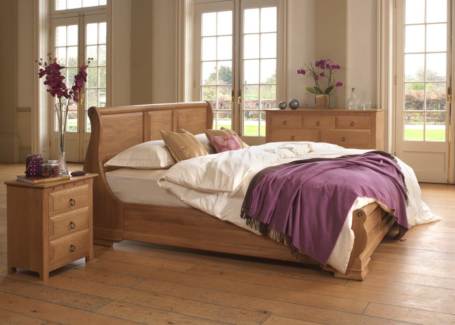 French Sleigh Bed in Solid Oak with Bedroom Furniture