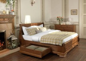 Super Kingsize Wooden Sleigh Bed