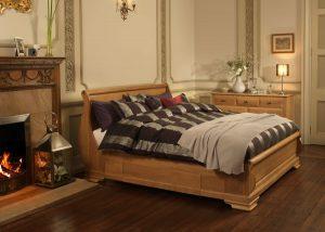 Soild Oak Sleigh Bed