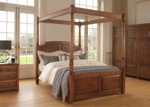 Soild Wood Four Poster Bed with Bedside Cabinet and Wardrobe