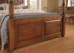 Wooden Four Poster Bed Panelled Footboard Detail