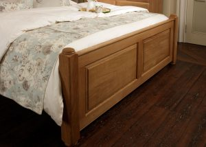 Traditional Oak Bed Footboard