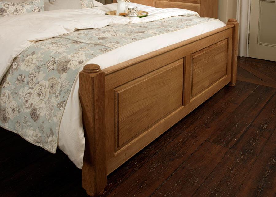 Traditional Oak Bed Footboard