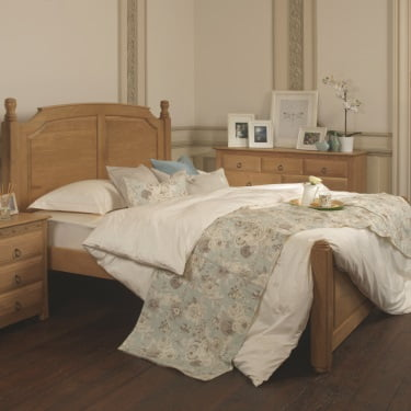 King-size Solid Oak Bed Frame with Oak Furniture