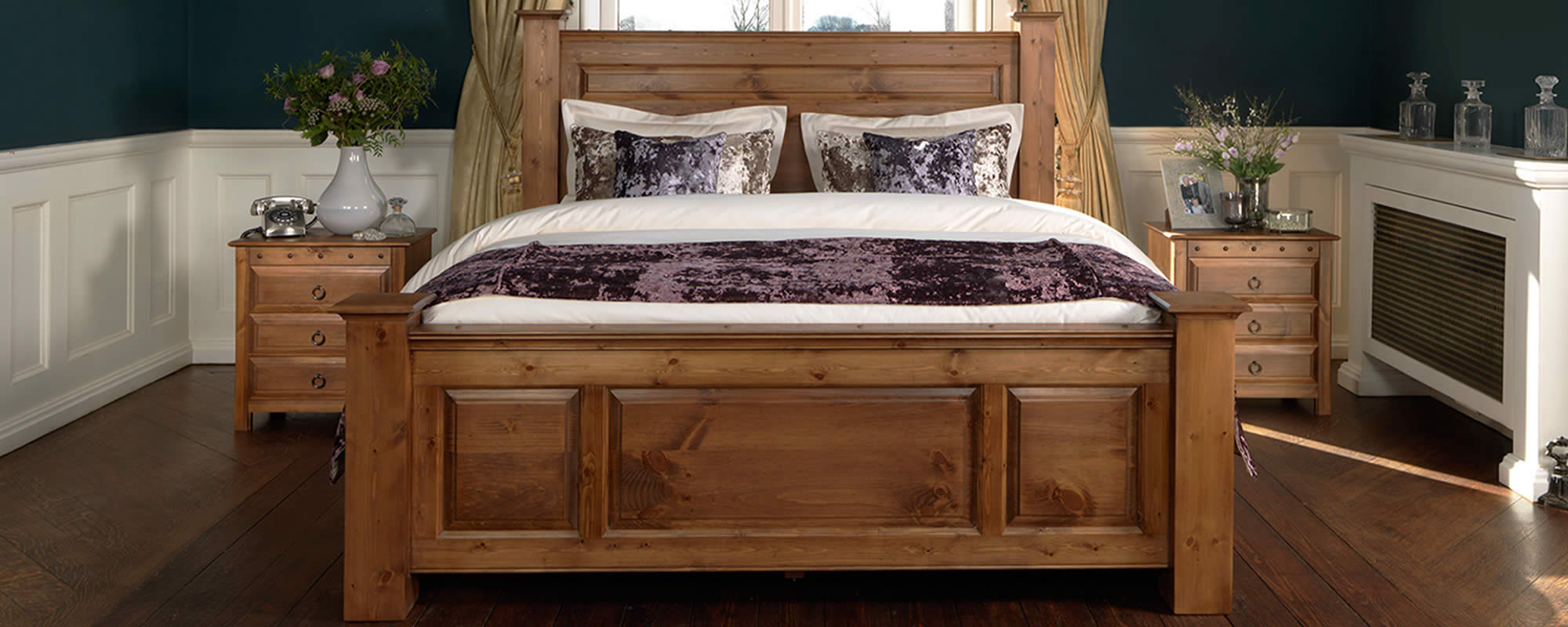 Handmade solid oak beds sleigh four poster traditional revival beds Wooden bed furniture
