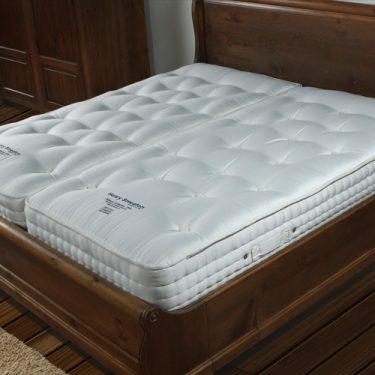 Pocket Sprung Mattress with Lambs Wool