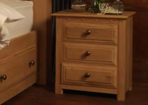 Oak Bedside with 3 Drawers and Luxury Handles