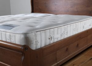 Lambs-Wool-Pocket-Sprung-Mattress