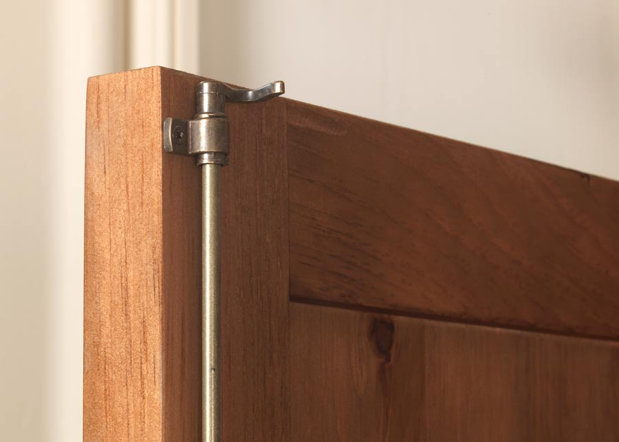 Traditional Wardrobe Claw Lock