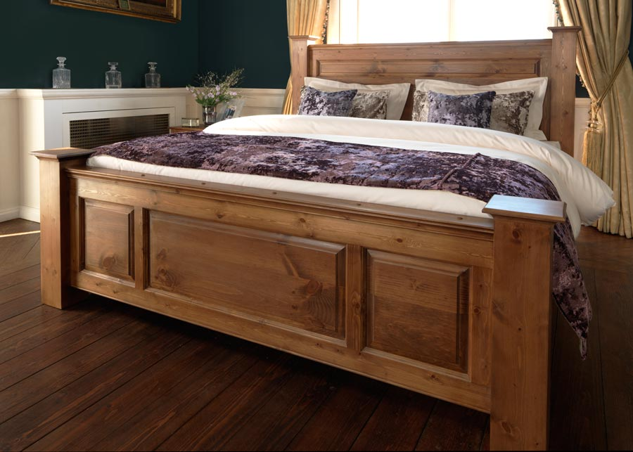 Large Traditional Wooden Bed Footboard
