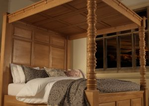 Oak Four Poster Bed Canopy, headboard and Post Detail