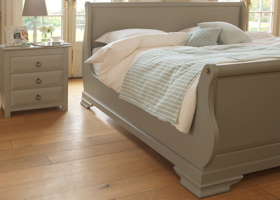 Painted Sleigh Bed with Bedside Cabinet