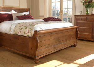 New England Sleigh Bed Footboard Detail