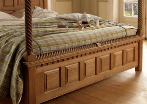 Oak Four Poster Bed Low Panelled Footboard