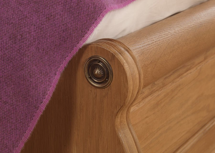 French Sleigh Bed Footboard Detailing