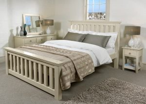 Maine New England Painted Bed with Bedroom Furniture