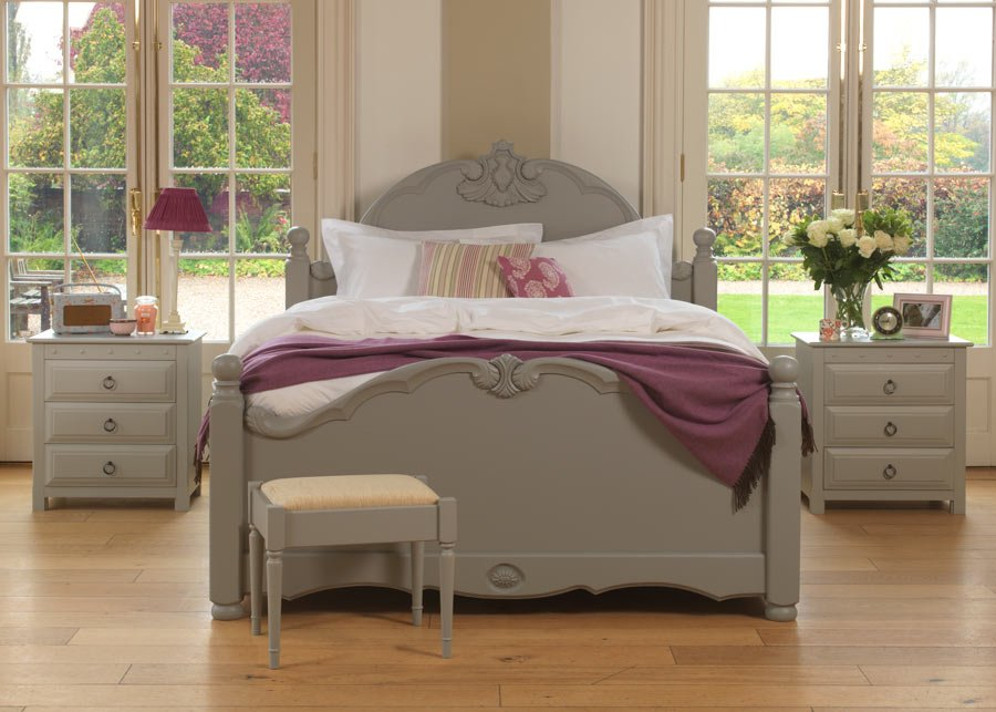 Painted Traditional Style Bed