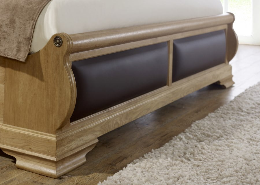 Oak Sleigh Bed Footboard with Chocolate Leather