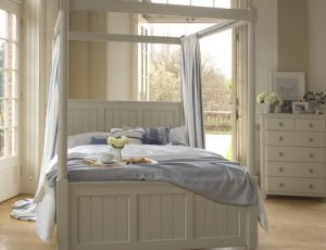 Contemporary Painted 4 Poster Bed with Chest of Drawers