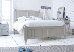 King-Size New England Shaker Bed