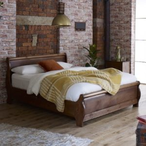 Metropolitan Solid Wood Sleigh Bed