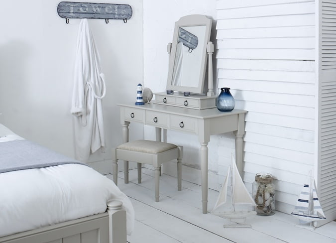New England Painted Dressing Table, Stool and Mirror