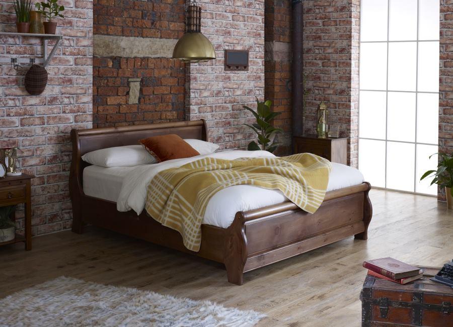 Super King-Size Metropolitan Sleigh Bed