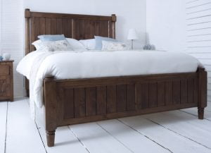 Kingsize New England Bed in a Natural Wood Finish