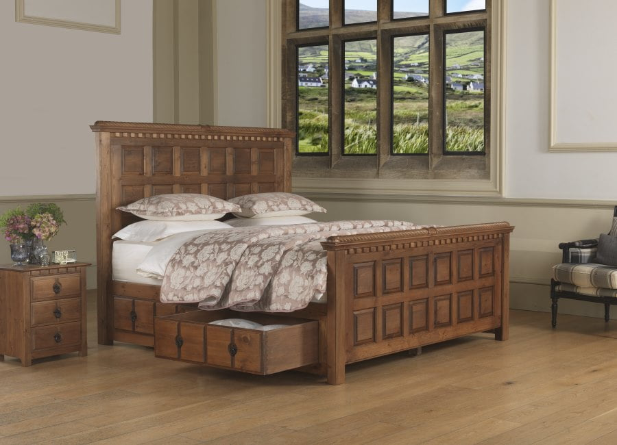 Traditional Solid Wooden Bed with Storage and Bedside Cabinet