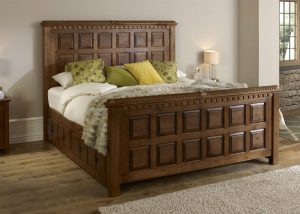 Super Kingsize Traditional Wood Bed