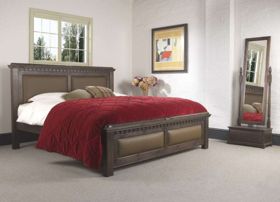Super Kingsize Traditional Wooden Bed in a Walnut Finish