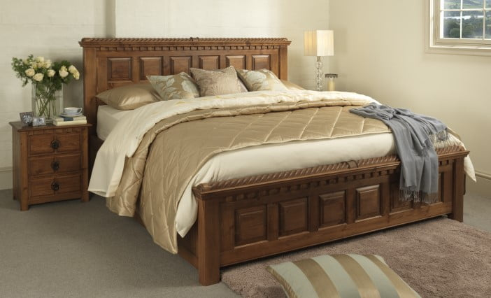 Traditional Style King-size Wooden Bed