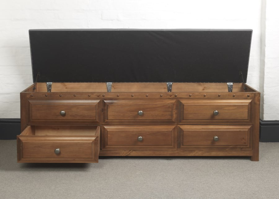Solid Wood Blanket Chest with Open Lid