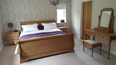Solid Wood Sleigh Bed & Dressing Table