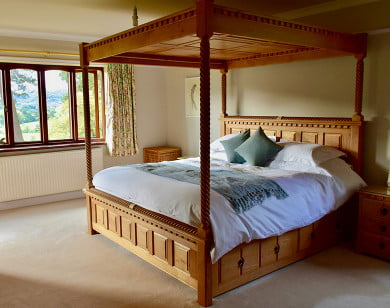 Traditional Solid Wood Four Poster Bed