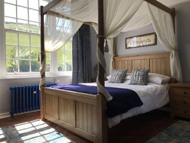 Natural Oak Four Poster Bed